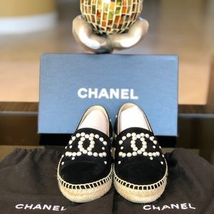 Chanel Blk Suede CC Faux Pearl Espadrilles Flats